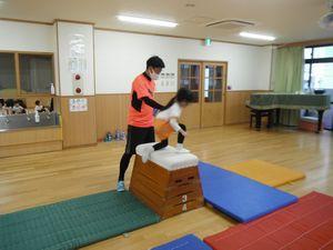 体操 跳び箱2
